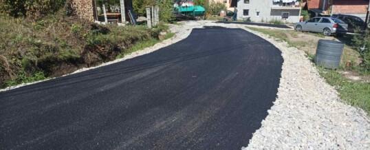 Asfaltirana ulica u naselju Ripište
