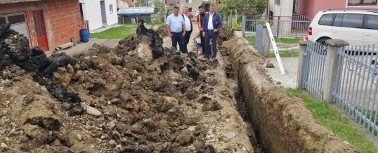 U naselju Ripište u toku radovi na izgradnji kanalizacione mreže